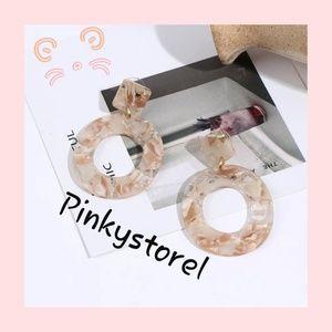 Jewelry - 🎭Vintage Oval Earrings🎭